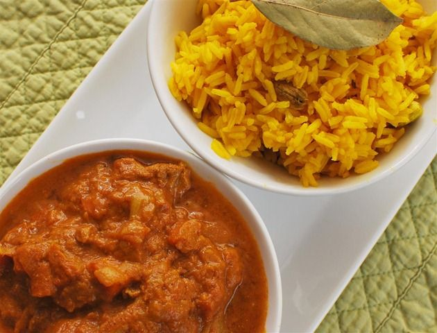 Chicken Dupiaza with Pilau Rice Slimming Eats Recipe serves 4 Extra Easy – approx 1 syn per serving For the Chicken Dupiaza Ingredients 800g Diced Chicken Thigh or Breast Meat (any skin and fat removed) 350ml of Chicken Stock 2 Teaspoons fresh grated Ginger 4 Garlic Cloves Crushed 2 Teaspoons Turmeric Powder 2 teaspoons of...Read More »