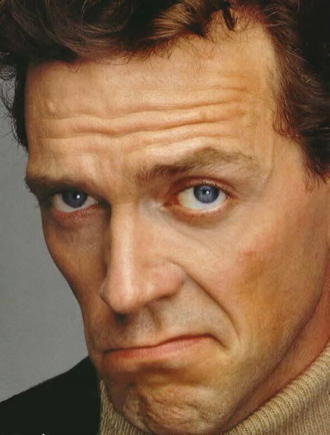 819 best Hugh Laurie i...