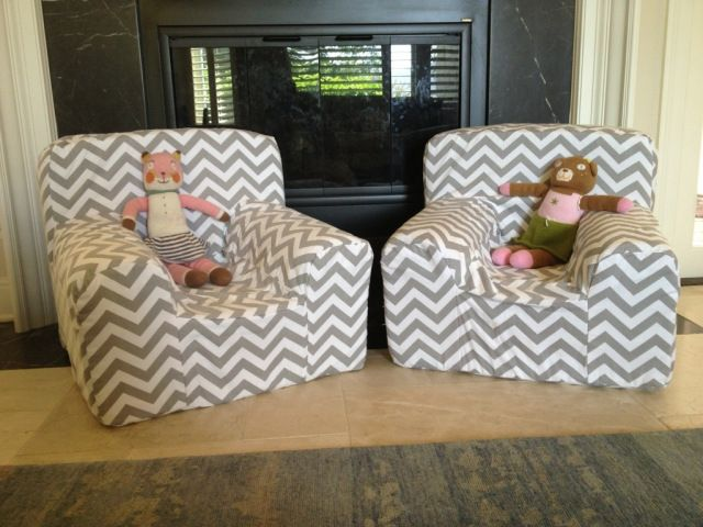 DIY Pottery Barn Kids Anywhere Chair (with a back pocket!)