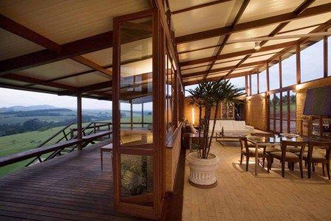 Base 3 Arquitetos Localização:Morungaba, SP,Brasil Construção: ITA Construtora