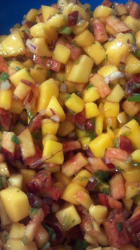 mango peach salsa - AMAZING recipe!: Amazing Recipes, Salsa Dips, Bon Appetit, Fresh Salsa, Mango Peach Salsa, Healthy Recipes, Favorite Recipes, Mango Peaches Salsa, Food Drinks