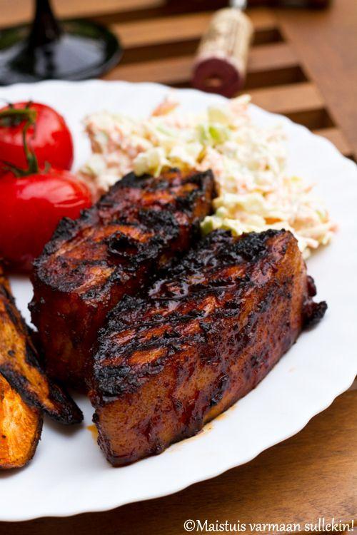 Maistuis varmaan sullekin!: Porsaan grillikylki punaviini bbq-kastikkeessa