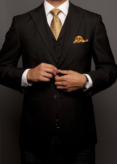 Rules To Follow To Wear Suits The Right Way | Black suits, Suits ...