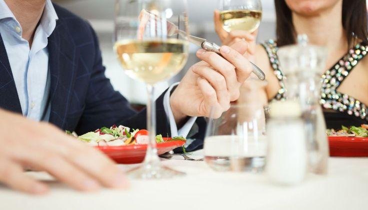Το Dine Athens άναψε για τα καλά τις μηχανές του και σημειώνει ήδη μεγάλη επιτυχία.