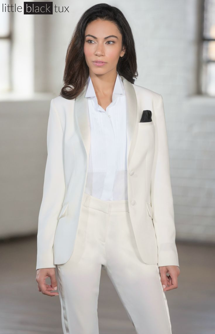Best 25 Women Tuxedo Ideas On Pinterest Womens Suit Clic Fashion Outfits And S Style