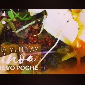 Prepara de una manera facil y muy sabrosa la #quinoa roja con verduras. En este video puedes aprender a hacer esta receta de una manera sencilla. Los huevos Poché o huevos escalfados y las verduras son una forma de complementarlos y hacer un sano manjar. Si quieres saber mas y los aportes nutricionales que nos da la Quinoa puedes verlo en jazminycanela.com