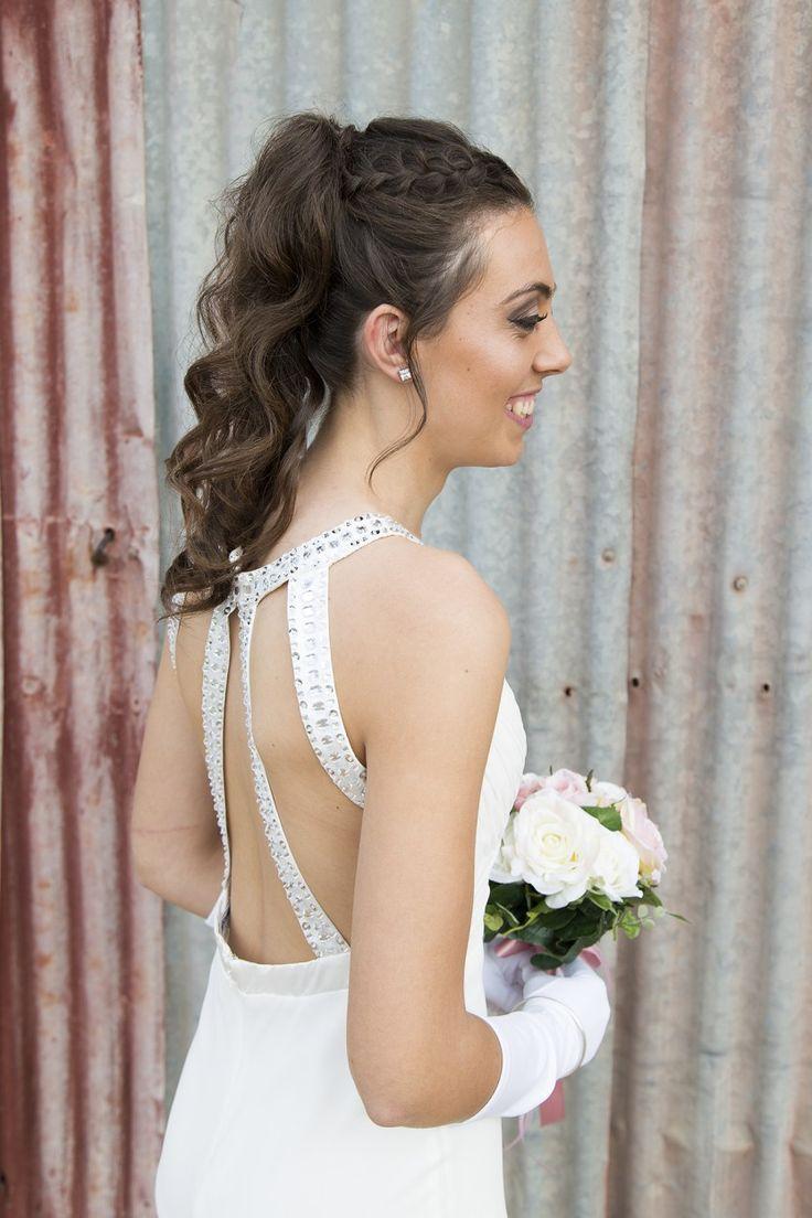 Ashton Taylor - Photographer ashtontaylor.com.au #debutante #formal #portrait