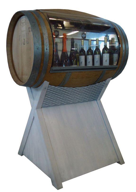 Cool-Art produce cantinette refrigerate per l'esposizione di vini in bottiglia e per alimenti, come salumi e formaggi. Visita il sito www.cool-art.it