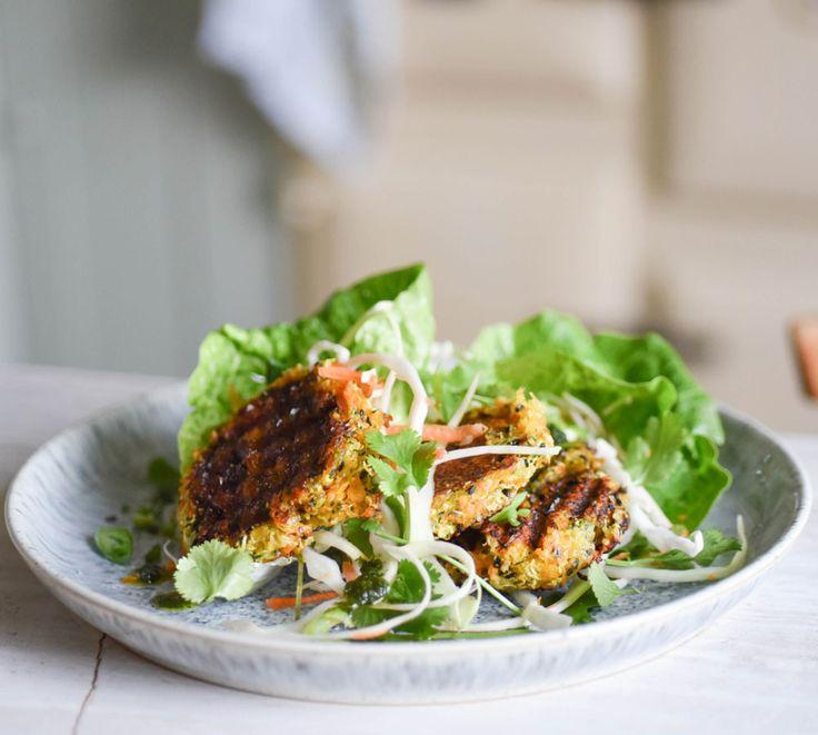 weekend eats ginger, black sesame  halloumi burgers with spiced tahini slaw