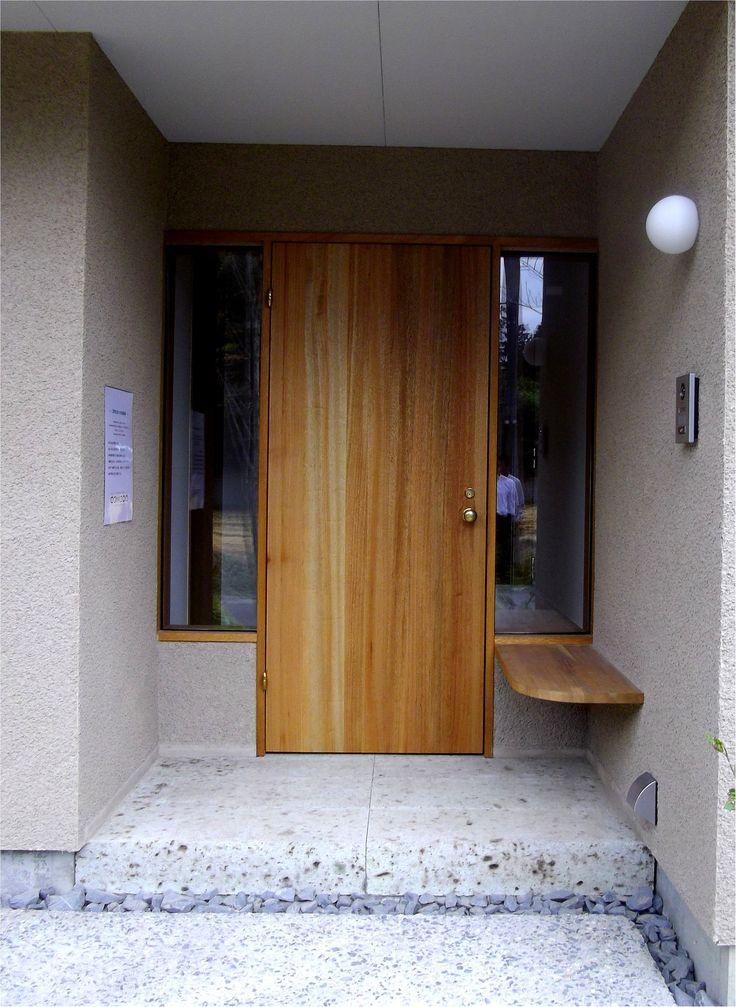 玄関木製ドア
