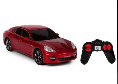 3 színben választható Porsche Panamera Turbó távirányítós autó erős motorral, mely minden kisfiú álma