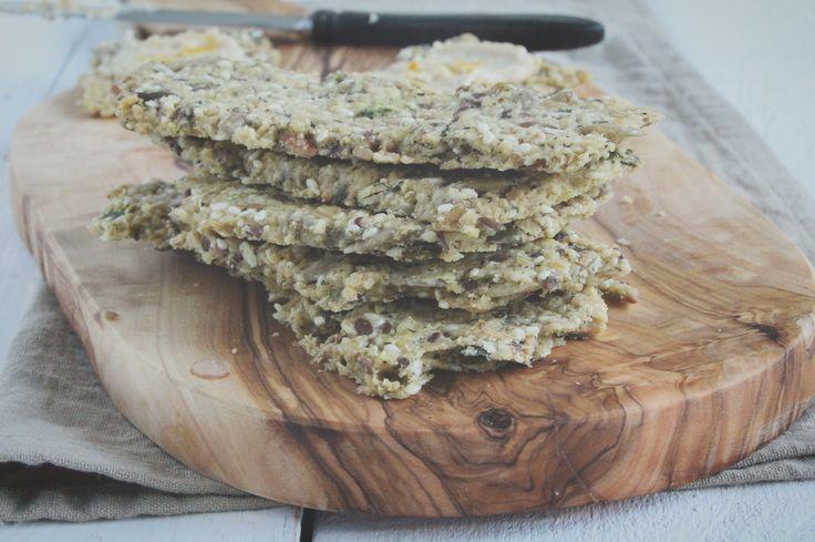 Glutenvrije crackers met Italiaanse kruiden. www.eatpurelove.nl