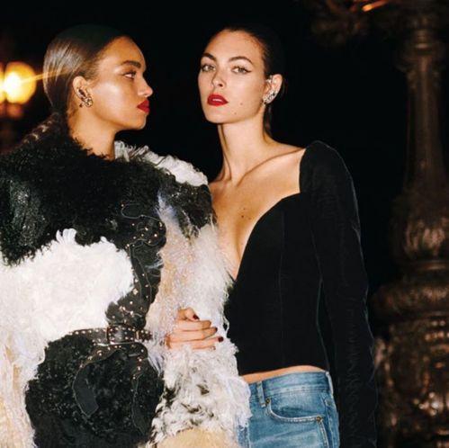 Interview du top Vittoria Ceretti en couverture e Vogue Paris spécial mariage 6