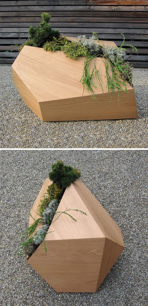 Combining Wood With Plants Create A Beautiful Natural Piece