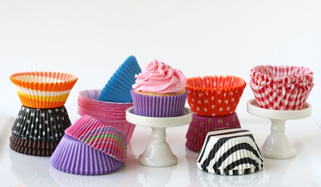 "favorite sources for beautiful cupcake liners (look for ""greaseproof"" or ""glassine"" if you want them to hold their color).    Confectionery House  Sweet Baking Supply  Bake it Pretty  Simply Caked: Cupcake Liners, Cupcake Basics, Cupcakes, Buy Cupcake, Cup Cake, Pretty Cupcake, Lovable Food, Cupcake Supplies, Supplies Beauty Tips"