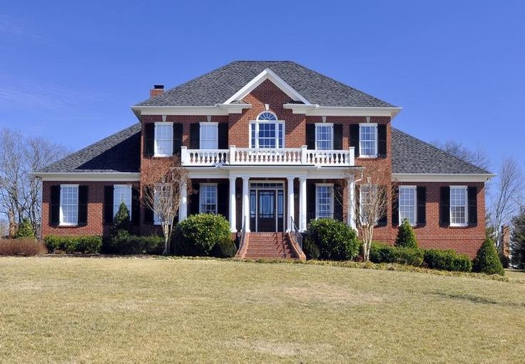 25 best ideas about colonial house exteriors on pinterest for Brick colonial house plans