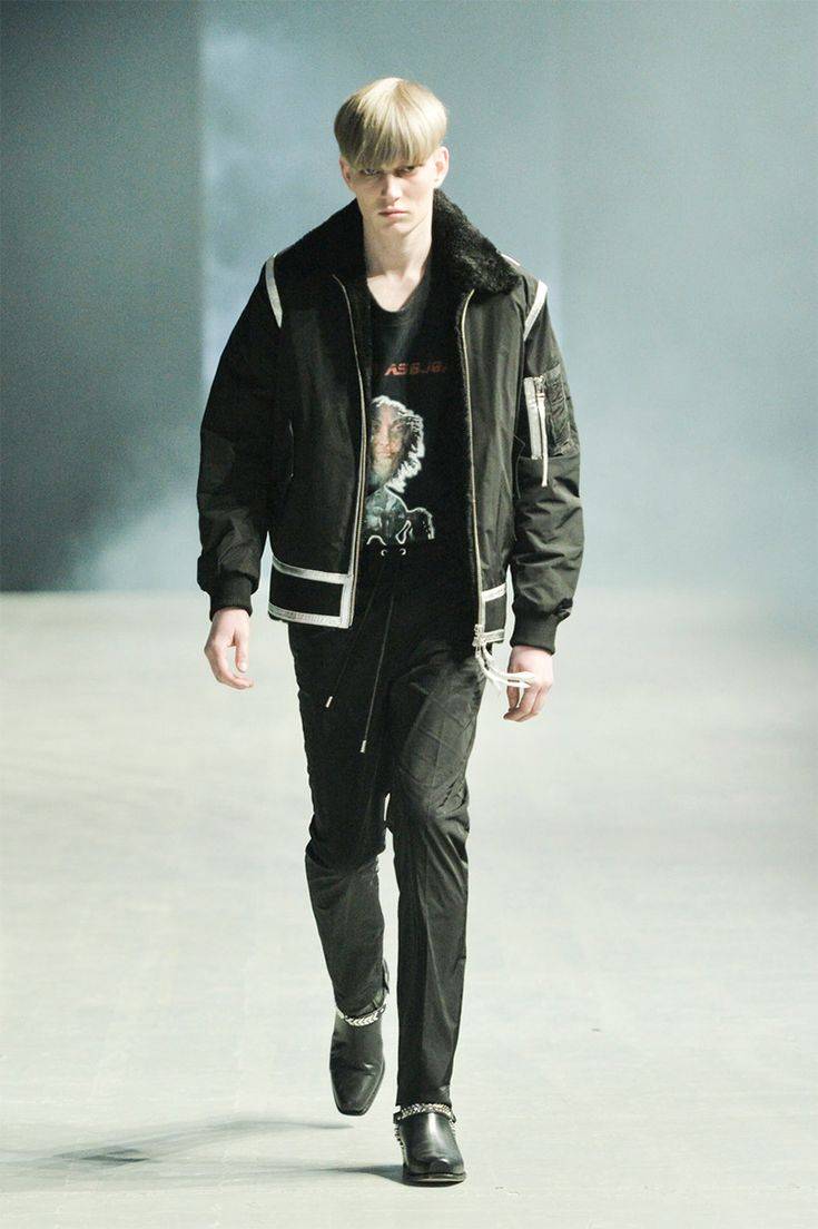 """The future is now! In a collection dubbed """"A Dangerous Daze"""" Martin Asbjørn gets inspired by the futurism of the 80s for Fall/Winter 2017. """"This collection embraces all my favourite cultural genres from science fiction to punk rock. In... »"""