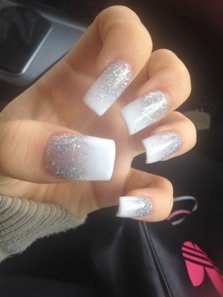 #Glitzer #mit #nagel #weisse Weiße nägel mit glitzer