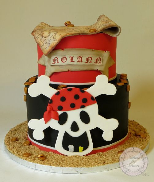 Cake Designs Pirate : 1000+ images about pirate on Pinterest Oreo filling ...