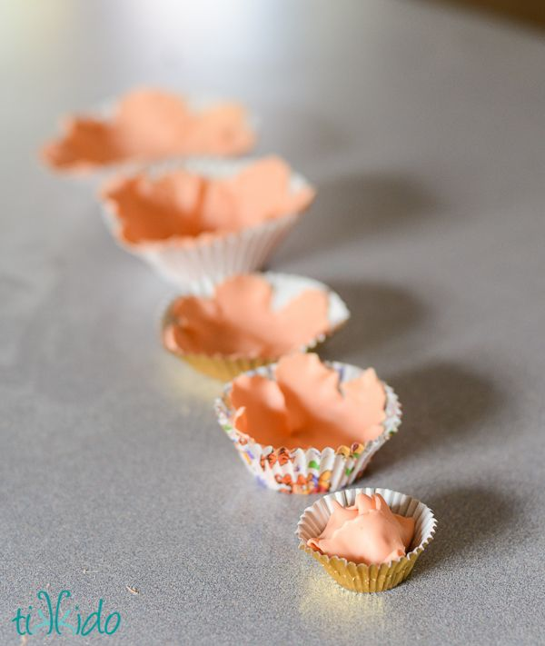 How to Make a Gumpaste Peony Without a Peony Cutter | TikkiDo.com