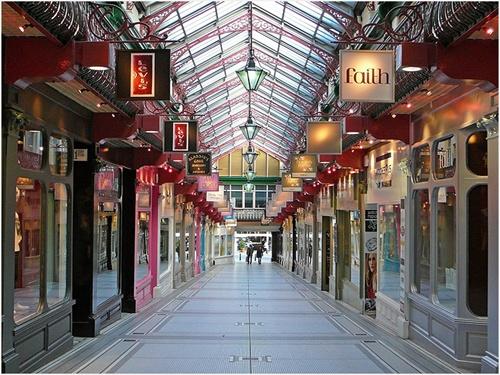 historic shopping arcades of Leeds: Indoor Marketplac Street, Lighting Leed, Leed Uk, Queens Arcade, Favourit Place, Shops Arcade, Arcade Leed, Trinity Arcade, Queen Arcade