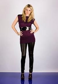 Чёрные облегающие джинсы на девушки фото
