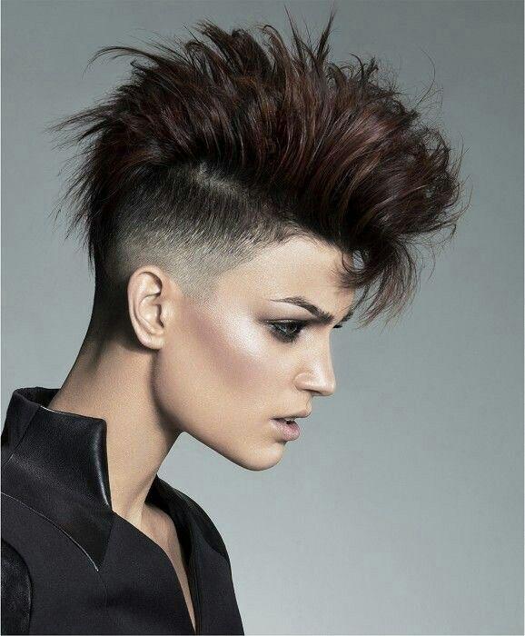 Frisuren fur feines lockiges haar
