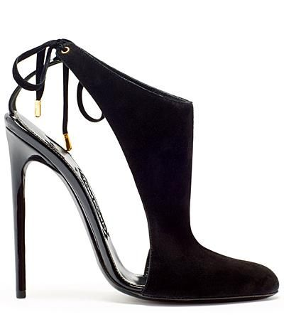 The shape of this shoe is everything. So fluid! Tom Ford 2013 Fall-Winter