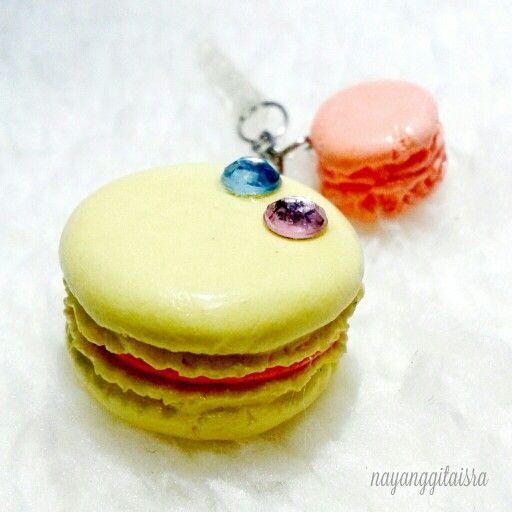 lemerange macaron dust plug (phone accesories) with rhinestone #handmade #clayart