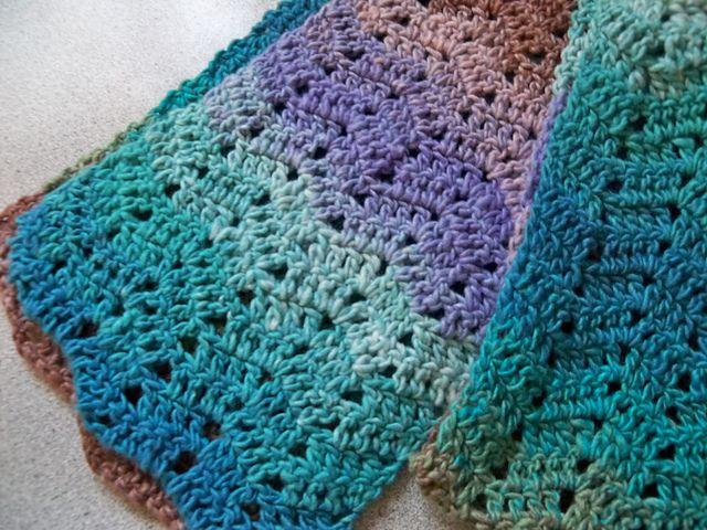 Bernat Mosaic Yarn Free Crochet Patterns : 29 best images about Bernat Mosaic on Pinterest Mosaic ...