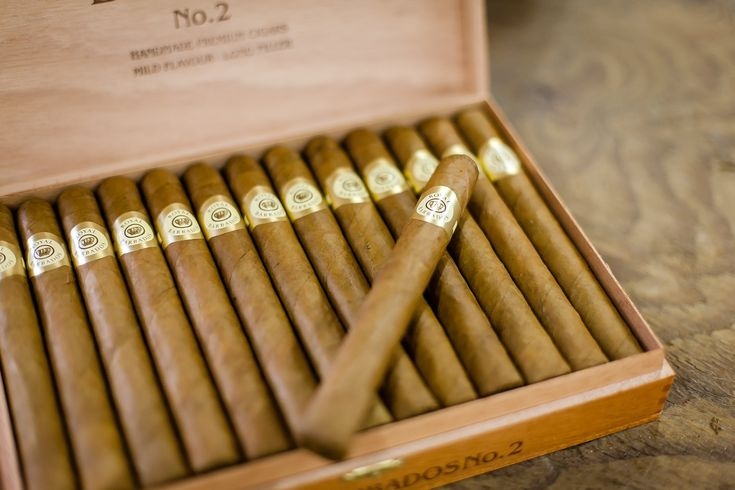 The Caribbean Cigar Company in Barbados produces 2 wonderful cigars - Royal Barbados, a smooth mild cigar with a sweet aroma, and the stronger Sam Lord.