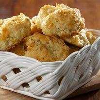 Túrós, sajtos, zabpelyhes, igazi omlós pogácsa fogyizóknak!