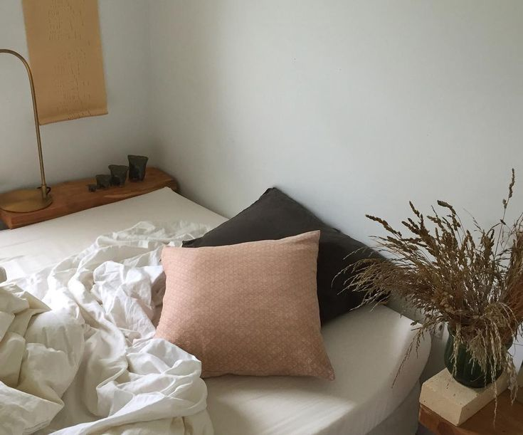 Best 25+ Rearrange Bedroom Ideas On Pinterest