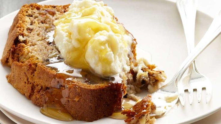 """""""With+bananas+in+peak+season+right+now,+it's+the+perfect+time+to+whip+up+my+classic+banana+bread,+especially+in+celebration+of+Banana+Bread+Day+(February+23).""""+Coles+Fresh+Advisor,+Curtis+Stone."""