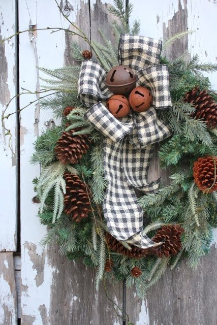 50 Awesome Outdoor Christmas Decorations : 50 Awesome Outdoor Christmas Decorations With Door Wreath Ornament