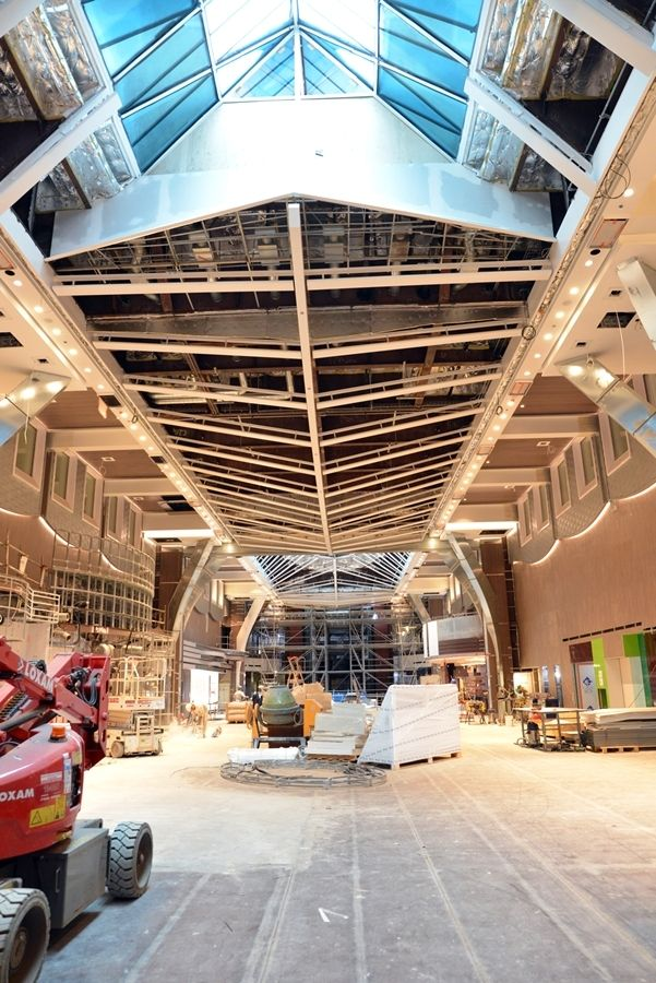 New photos from the Royal Caribbean Press Center.