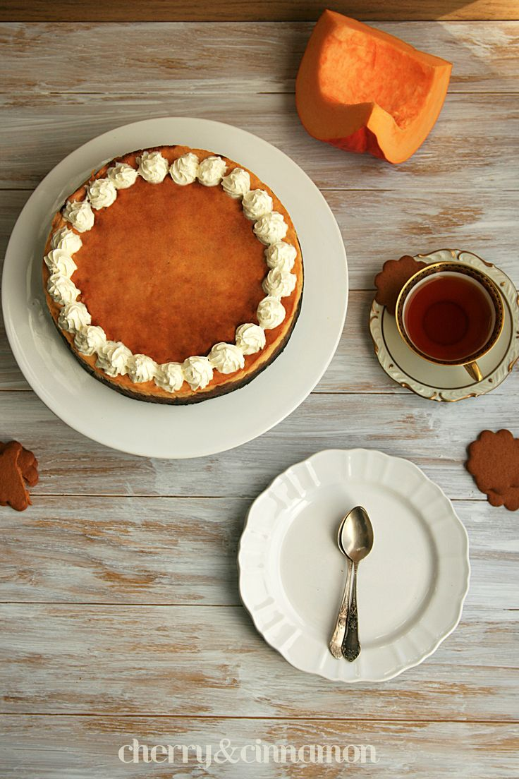 Pumpkin Cheesecake by cherryncinnamon.blogspot.com