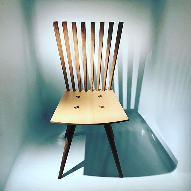 멋있었던 #디자인 #의자  작가는 너무 어려워 기억하지 못함. #mikado