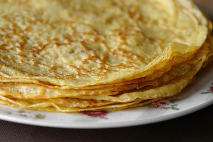 La pâte pour les crêpes de la Chandeleur : une recette facile en images étape par étape par le Chef Simon pour une pâte à crêpes sans grumeaux.