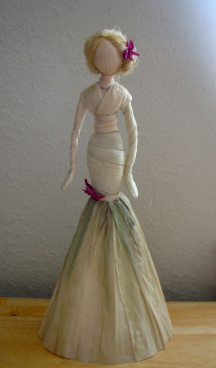 corn husk crafts | Corn Husk Fashion Doll by ~ KaterinaBeana