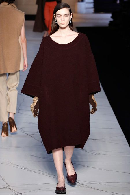 Oxblood and luxurious volume. And that length! It doesn't get better than this.  Rochas Fall 2013 RTW