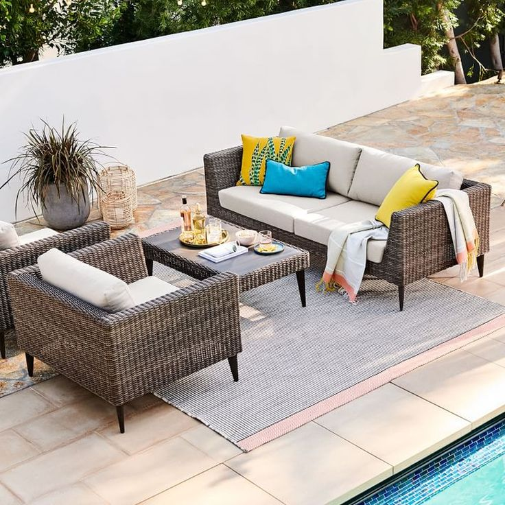 30 Outstanding Outdoor Lounge Ideas For Your Home Backyard Furniture Outdoor Patio Furniture Resin Patio Furniture