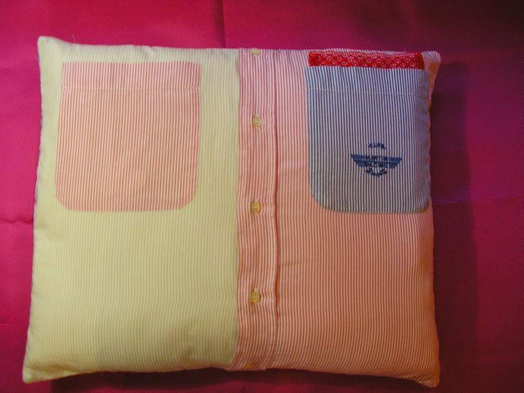 Creare per Credere: Cuscini realizzati con camicie, maglioni e...........