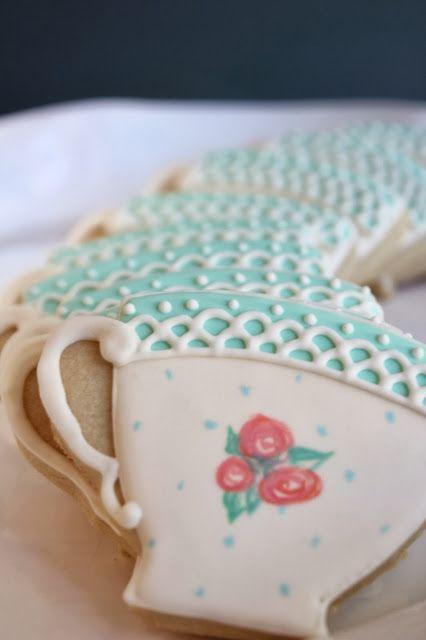 Sugar Bea's Blog: Hand Painted Teacup Cookies