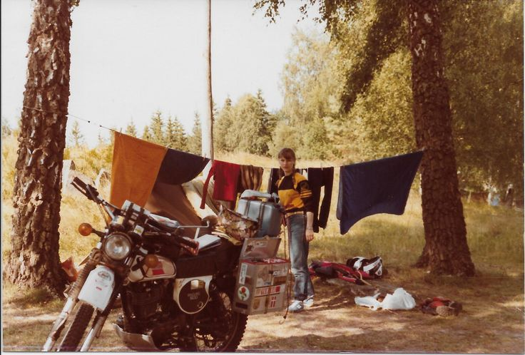 In campeggio  (Motorcycle camping )