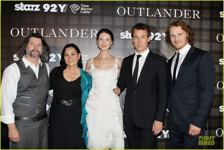 Sam Heughan Boyfriend | sam heughan caitriona balfe picture perfect at outlander screening 04