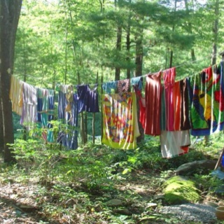 I love outdoor clothes lines!