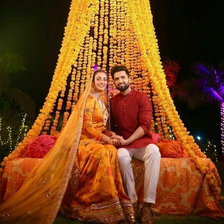 Sara and Falak mayo in 2020 Actress wedding, Indian