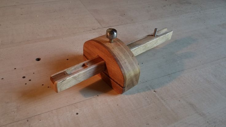 Mortise marking gauge