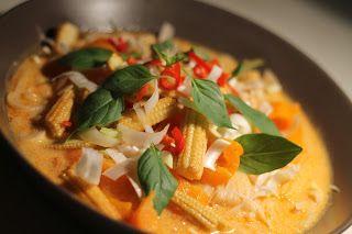 det enkla och goda: Kycklingsoppa med röd curry och nudlar